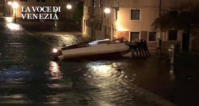 acqua-alta-12-11-2019-a-venezia-notte-da-incubo-up-640